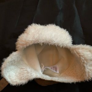 Old Navy Accessories - Old navy shearling hat baby 18-24 months 3bbc0bc19497